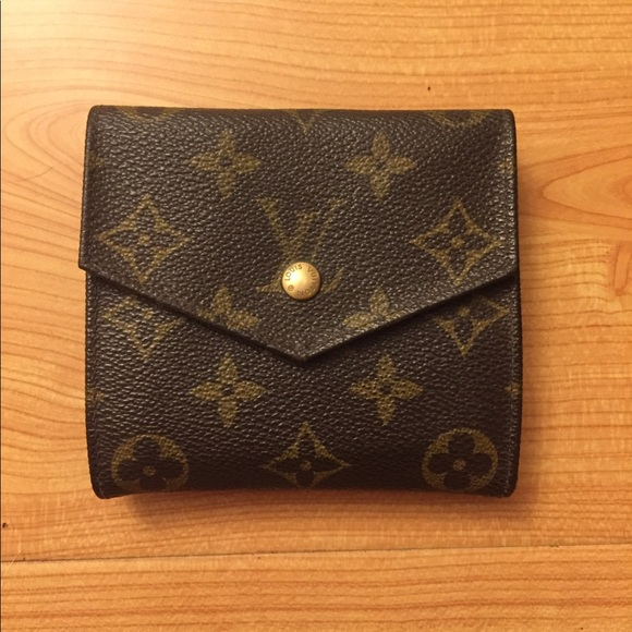 67b34ac63694 Louis Vuitton Bags   Auth Vintage Compact Mono Wallet   Poshmark